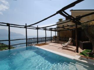 6 bedroom Villa in Colli di Fontanelle, Campania, Italy : ref 5218271