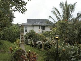 AWESOME COTTAGE**MOUNTAIN**JUNGLE**OCEAN**HAS IT ALL