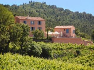 Holiday rental Villas 20mn au sud est d'Aix-en-Provence (Bouches-du-Rhône), 300 m², 8 000 €