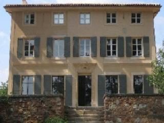 Holiday rental French farmhouses / Country houses Aix En Provence (Bouches-du-Rhone), 380 m2, 5 850 €