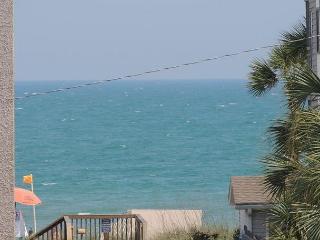 Zoom from balcony