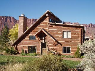 Log house close to Moab
