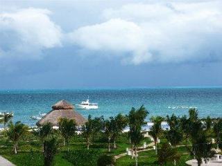 Beach Condo Cancun