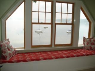 LOBSTER HOUSE | EAST BOOTHBAY | LINEKIN BAY | PRIVATE MAINE RETREAT | DOCK