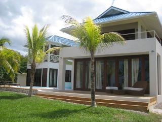 Little Waters - Negril 3 Bedroom waterfront