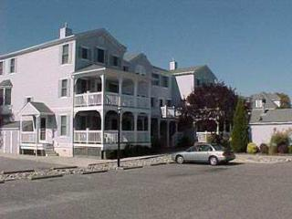 Cape May 2 Bedroom, 2 Bathroom Condo (4034)