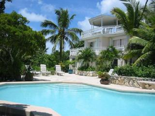 Grace Bay Beach House, Providenciales