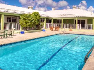 Stirling House, Grace Bay
