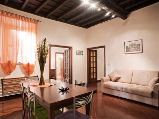 Apartment for Family near the Trevi Fountain - Colonna 1