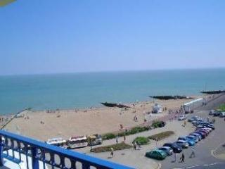 Beachview Luxury Apartment on Eastbourne Seafront