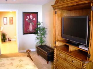 Panama City Beach Splash Oceanfront Master bedroom with flat screen TV