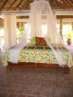 King bed - upstairs under palapa