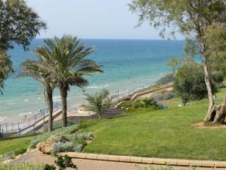3 R apartment near the sea in center of Netanya