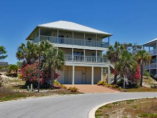 Seagrass Home with a private pool and pet friendly!, Cape San Blas