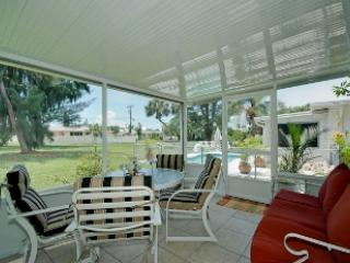 Holmes Beach Super Cute Home 411 ~ RA43523