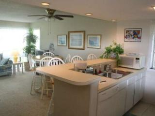 Great Condo, one block to the ocean, Myrtle Beach