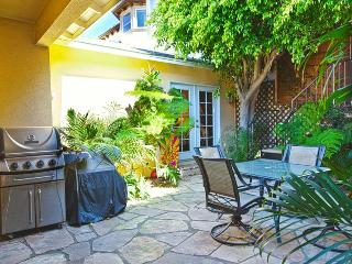 Awesome 3 Bed Gem - Standalone Home with Large Yard, perfect for large groups!, Redondo Beach