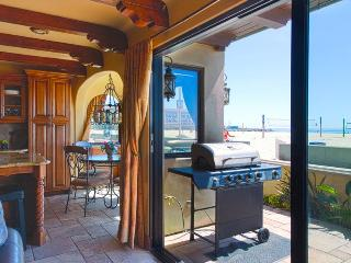Ocean Front Luxury 6 - Large BBQ Terrace, Perfect for An Amazing Beach Retreat!, Hermosa Beach