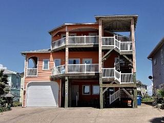 The Ultimate Beach House with Gulf Views! 6 bedrooms 6 baths 3000 sq. ft., Port Aransas