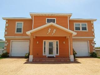 4 bedrooms, 3 baths, 2 car garage, sleeps 16 and offers wireless internet!!