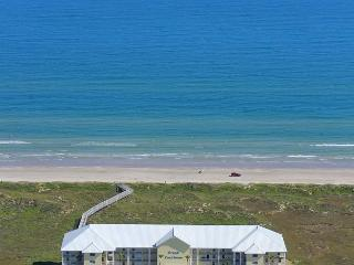 Views, Views and more Views!! Fabulous 3 bedroom 3 bath condo!