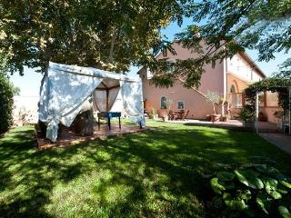 Apartm 4-6 p. private swimming pool & garden Pisa