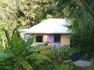 Caribbean Style Cottage with Magnificent Views : Belair Garden Cottage Carriacou