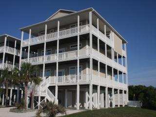 Oceanview 8BR; Heated Pool; Elevator; 70in SmartTV, Ocean Isle Beach