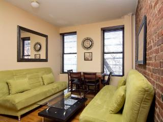 Sleeps 7! 3 Bed/1 Bath Apartment, Times Square, Awesome! (8092), Nova York