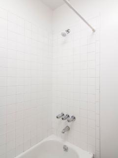 Bathroom 1 includes towels