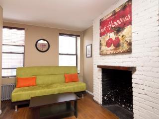 Sleeps 5! 2 Bed/1 Bath Apartment, East Village, Awesome! (8186), New York City