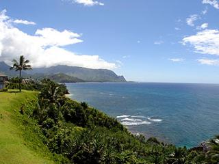 Princeville Condo w/Views of Mtns & Hanalei Bay!
