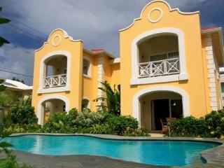 # 17 The Harbour - Ideal for Couples and Families, Beautiful Pool and Beach, St. Lucia
