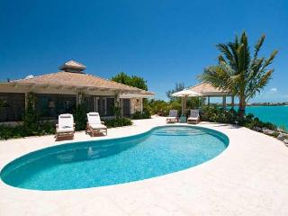 Paradise Pointe, Providenciales
