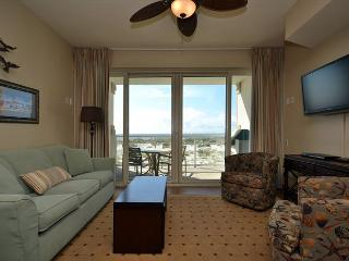 Cozy One Bedroom Beach Club Condo ~ Gulf Views!