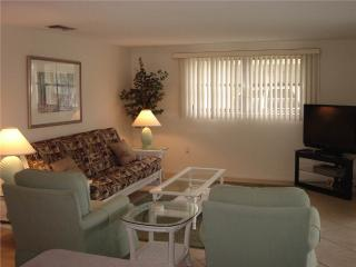 Attract 2BR condo w/ free wifi & beach access - Villa 15, Siesta Key
