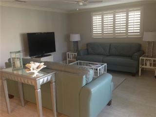 Wonderful 2BR next to the beach - Villa 17, Siesta Key