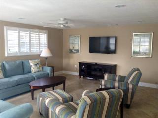 Beautifully maintained 2BR villa near the shoreline - Villa 6, Siesta Key