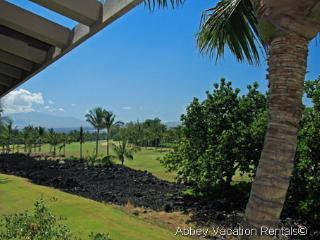 Amazing Condo with 2 Bedroom & 3 Bathroom in Waikoloa (W5-CV 104)