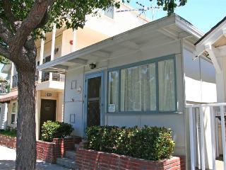312 Sumner Ave, Avalon
