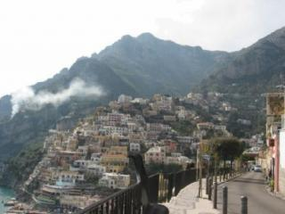 Positano, will be in the heart of that picture -WiFi and A/C free-6 Bedr-6 Baths