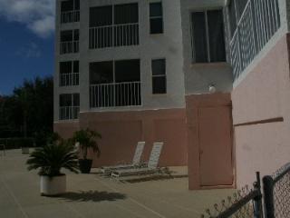 SBreeze105 - Southern Breeze Garden, Marco Island