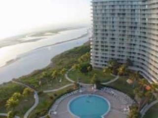 SST3-1202 - South Seas Tower, Isla Marco
