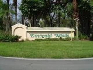 Emerald Woods, Naples
