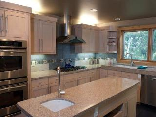 Westbrook House - 3BR Home + Private Hot Tub - LLH 63246, Teton Village