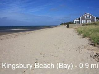 BEAUTIFUL HOME LOCATED JUST UNDER A MILE FROM KINGSBURY BEACH!