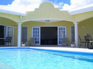 NEW LUXURY VILLA  PRIVATE POOL SEA VIEWS, Oistins