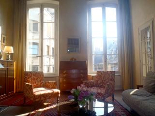 Saint Germain 6th District - 2 Bedroom (3882), Parijs