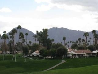 CUE49 - Rancho Las Palmas Country Club - 3 BDRM, 2 BA