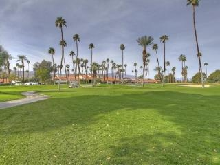 MED31 - Rancho Las Palmas Country Club - 2 BDRM, 2 BA, Rancho Mirage
